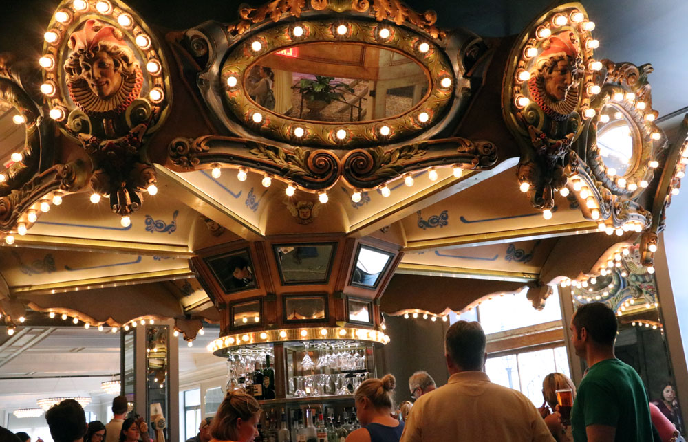 The Carousel Bar at the Hotel Monteleone in New Orleans, LA