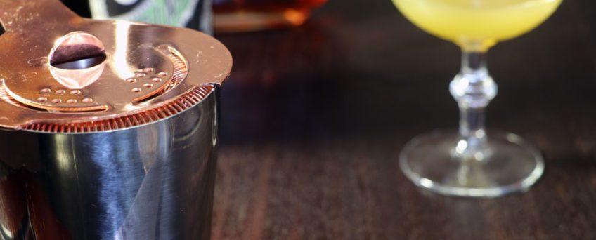 button-hook-cocktail2