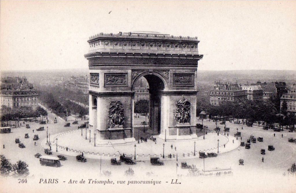 Arc de Triomphe Postcard from 1920